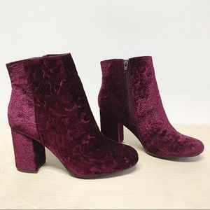 JustFab Ankle Bootie New Size 7.5 Womens Velvety